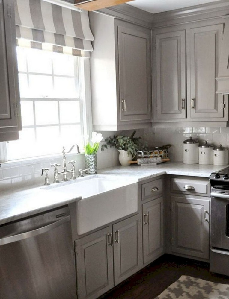 37 Best Farmhouse Kitchen Cabinets Makeover Ideas - Page 4 ...